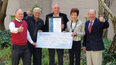 City Lodge hands over cheque of R166 500 to CANSA's Acting CEO, Elize Joubert